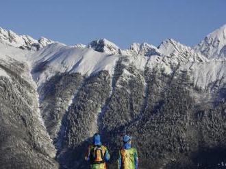 Mužovi v oblasti Smutného sedla pomáhali horskí i leteckí záchranári