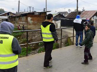 Miestna občianska poriadková služba dozerá na bezpečnosť v Moravciach