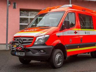 Mercedes-Benz Sprinter pro lezecké družstvo HZS Moravskoslezského kraje nahradil dosluhující Mitsubi