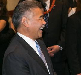 Havajský guvernér sa ospravedlnil za falošný raketový poplach