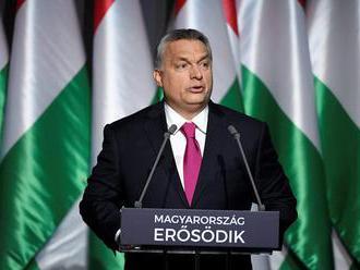 Orbán pre Welt am Sonntag: Utečencom treba pomôcť, ale nie na úkor vlastného ľudu