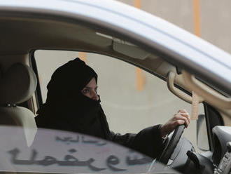 Čo všetko ženy v Saudskej Arábii stále nemôžu a premiér, ktorý chce vládnuť cez Skype