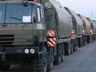 Ministerstvo upozorňuje: Cez územie Slovenska sa bude presúvať vojenská technika