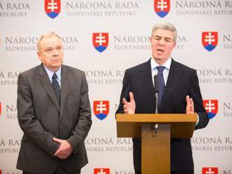 Kresák a Štarchoň chcú zefektívniť prácu poslancov, predložili návrh o rokovacom poriadku