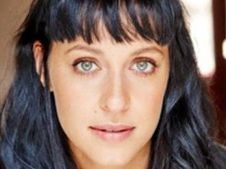 Známa herečka   prišla pri tragickej nehode o celú rodinu. Deň po pohrebe skonala aj ona