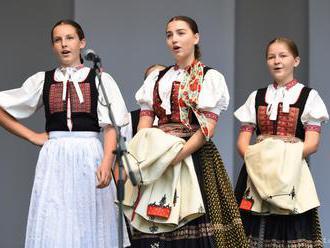 Na folklórnom festivale v Ružinove bude rusínska svadba aj SĽUK