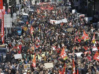 Na proteste proti rasizmu v Berlíne bolo približne 240 000 ľudí