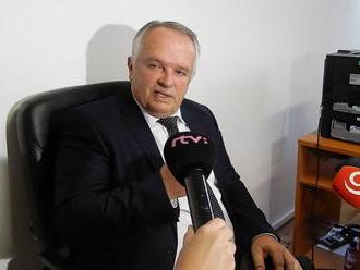 """Týždňový Newsfilter: Sudca rozpráva o """"Neslovanovi"""" Lipšicovi a vyháňa prezidenta z krajiny"""