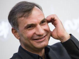 Jiří Macháček: Politikov treba čítať medzi riadkami