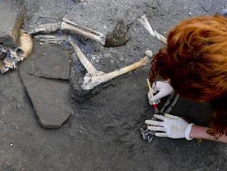 V Pompejach našli pozostatky piatich ľudí