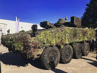 Na tohto ročnom autosalóne v Nitre sa prezentovala aj naša armáda