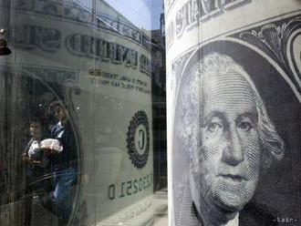 Americká centrálna banka ponechala úrokové sadzby nezmenené