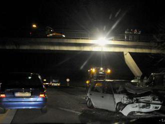 Nehodu na R3 pri Hornej Lehote neprežila jedna osoba, cestu uzavreli