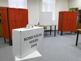 V okrsku na Mestskom úrade vo Zvolene volili aj dvaja bezdomovci
