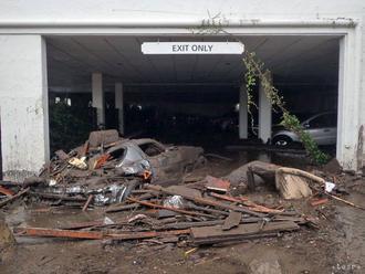 Pri zosuve pôdy zahynulo na predmestí Ria de Janeiro najmenej 10 ľudí