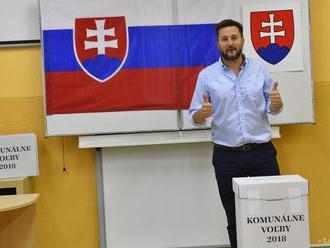 NAŽIVO: Volebná centrála Matúša Valla