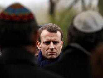 Izraelský minister ostro kritizoval francúzskeho prezidenta za slová o Pétainovi