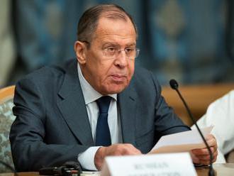 """Rusko skritizovalo """"nepodložené"""" obvinenia Rakúska zo špionáže"""