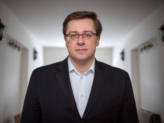 Sociológ Michal Vašečka: Ľudia prestali veriť stranám, naskočili na hipsterskú vlnu
