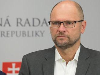 Pakt o migrácii je nebezpečný dokument, Slovensko ho nesmie podpísať, tvrdí SaS