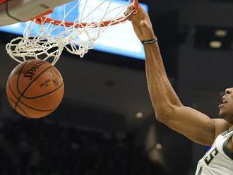 Milwaukee s prvou domácou prehrou, Bucks nestačili na Memphis