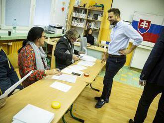 Pozrite sa, ako volili horúci kandidáti na primátora hlavného mesta
