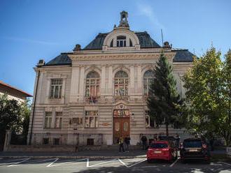 Súd rozhodol nekompromisne: Recidivista Marcel pôjde do väzenia za útok na družku