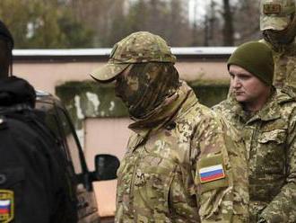 Spor pokračuje. Rusko prý ukrajinské námořníky za summit s Trumpem nevymění