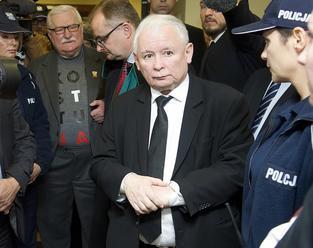 Walesa sa musí Kaczynskému ospravedlniť za ohováranie, rozhodol súd