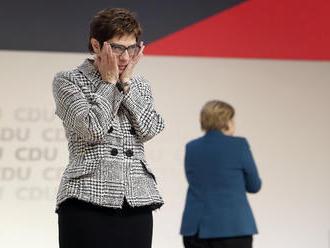 Hovoria jej AKK a Minimerkelová: aká je možná budúca nemecká kancelárka?