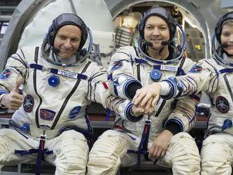 Ruský Sojuz úspešne vyniesol na obežnú dráhu trojčlennú posádku