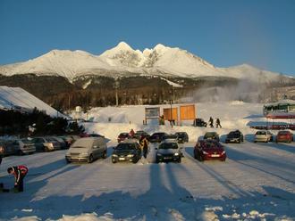 Tatry trpia nedostatkom snehu, zimná sezóna sa začne neskôr
