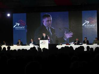 Smer chce opäť zostaviť vládu, vyhlásil to Fico na sneme strany