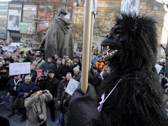 Finančná skupina Penta žiada zničiť nahrávky z Gorily