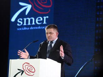 ONLINE Fico otvoril snem v Trenčíne: Podstatnú časť venoval kritike médií, Kaliňák chválil Smer