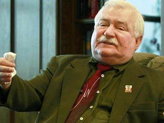 Walesa tvrdil, že Kaczyňský zavinil smolenskú tragédiu. Teraz sa musí ospravedlniť
