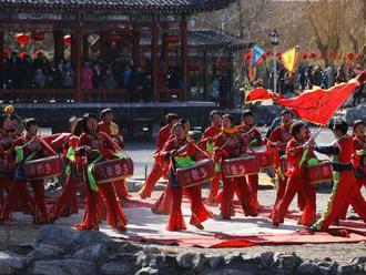 Príchod nového čínskeho roka spájajú oslavy, stretnutia a dary
