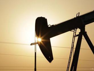 Ceny ropy vzrástli pre oslabenie dolára aj vyhlásenie Saudskej Arábie