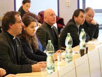 Tím Národného stretnutia mládeže začal riešiť ubytovanie pre účastníkov
