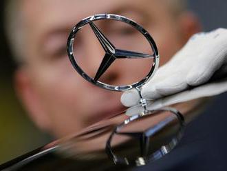 Svetoznámy koncern Daimler predal svoju hrdosť i dušu Číňanom – zo strachu
