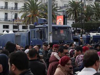 Alžírsko ochromil generálny štrajk zamestnancov verejného sektora