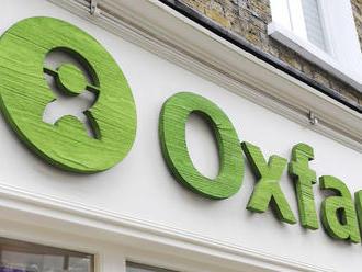Zamestnanci charitatívnej organizácie Oxfam si najímali prostitútky na misiách, chcú im stopnúť fina