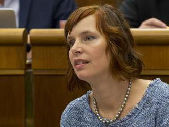 Reakcie opozičných politikov na rozhodnutie koaličných lídrov