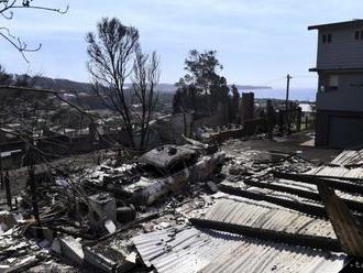 Lesné požiare v Austrálii zničili desiatky domov, zabíjali aj dobytok