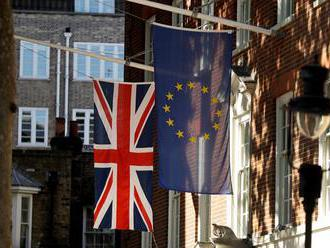 Europarlament by chcel asociačnú dohodu medzi EÚ a Britániou