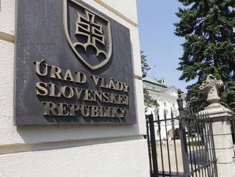 Úrad vlády nemusí dať plénu správu o tom, kedy ho SIS informovala o talianskej mafii