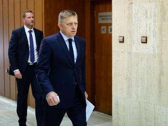 Vláda odštartovala s meškaním, niektorých ministrov zastúpili
