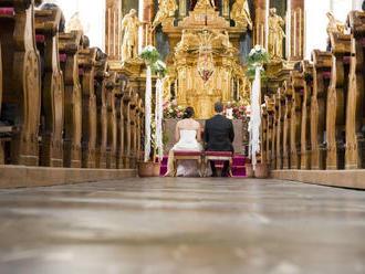 Predmanželské zmluvy sú inde bežné, u nás ich nespíšete