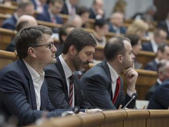 Podmanický: Všetci poslanci Smeru chcú vyjsť v ústrety, aby boli voľby čo najskôr