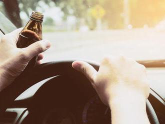 Pili ste a neviete, či už môžete šoférovať? Na energetický nápoj zabudnite